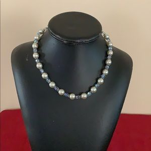 Women's pearl and crystal necklace